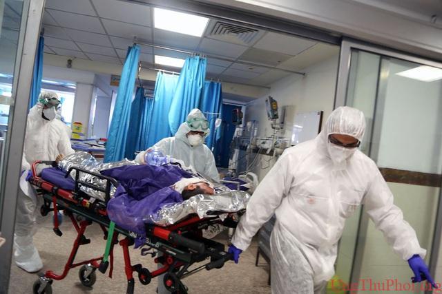 Nỗi đau của gia đình bệnh nhân ung thư qua đời giữa đại dịch Covid-19 - 2