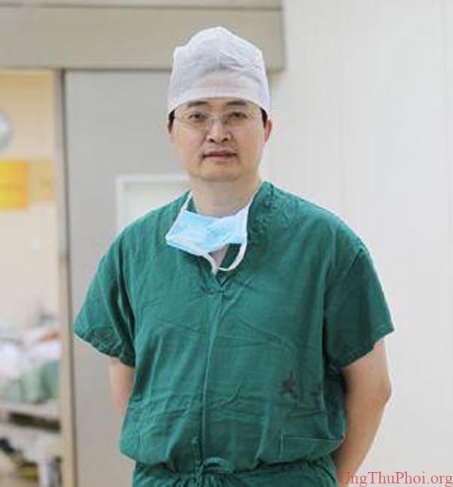 Bác sĩ cảnh báo 5 kiểu người có nguy cơ mắc ung thư đại tràng rất cao - 2