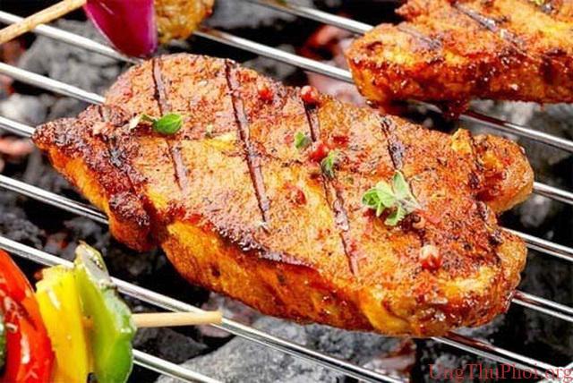 Ăn thịt nướng sai cách có thể gây ung thư và nhiều bệnh nguy hiểm - 1