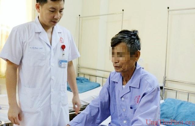 Đi khám vì đau ngực, khó thở, người đàn ông phát hiện mắc thể ung thư hiếm - 2