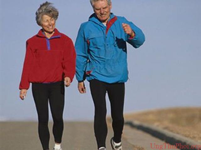 Mối quan hệ lãng mạn-chìa khóa giữ sức khỏe ở phụ nữ ung thư vú - 1