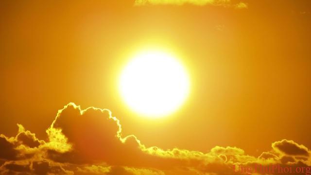 Chỉ số UV ở mức nguy hiểm, loại ung thư nào có nguy cơ cao nhất? - 1