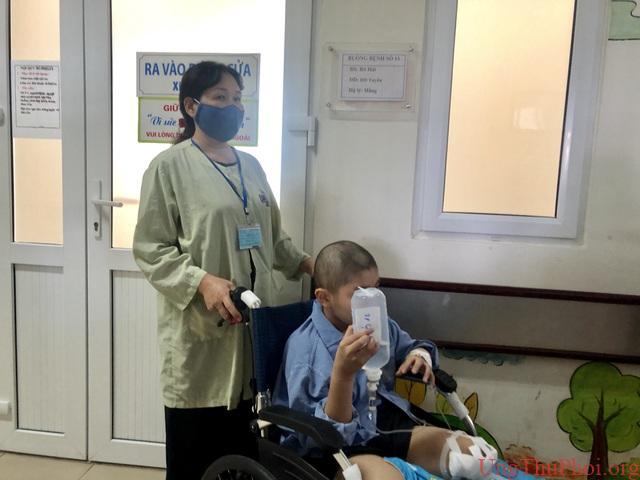 Lớp học Hạnh phúc trong Bệnh viện K dành cho bệnh nhi ung thư - 1