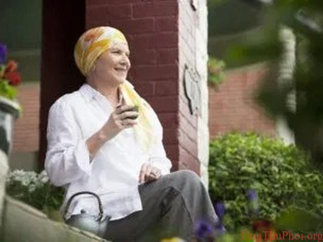 Vitamin C và chế độ ăn kiêng giả nhịn ăn có thể thu nhỏ khối u ung thư - 1