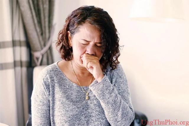 Bỏ qua triệu chứng vặt, người phụ nữ mắc ung thư giai đoạn cuối - 1