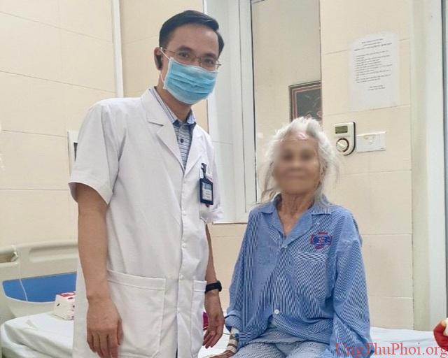 Hai bệnh nhân 90 tuổi được phẫu thuật thành công ung thư đường tiêu hoá - 3